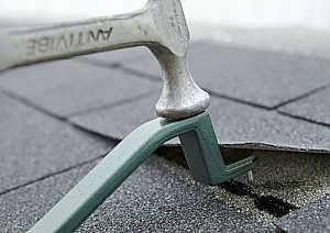 Roof Snake - Shingle Nail Puller, Roof Shingle Installer
